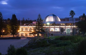 coogee_at_night_low